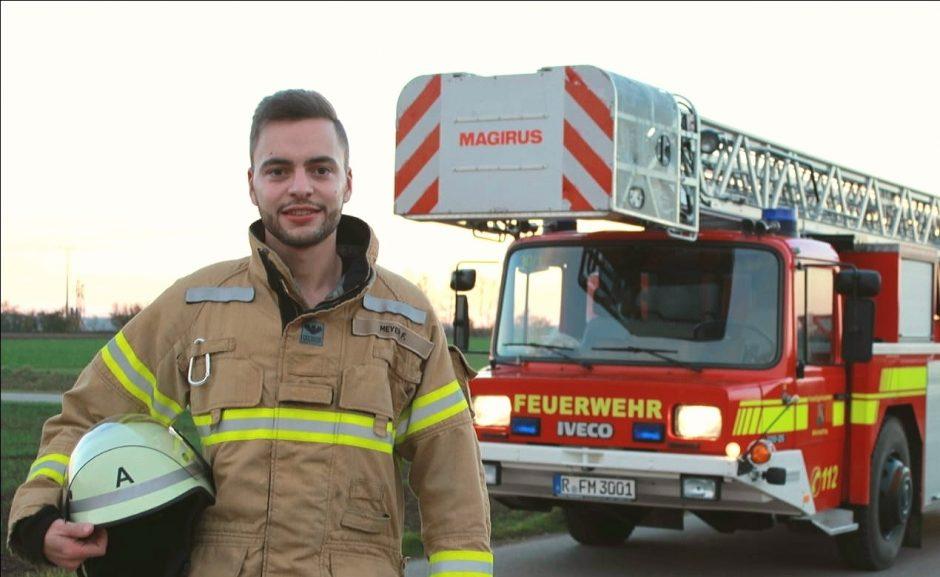 INTERVIEW: Eine Woche in der Feuerwehrschule!